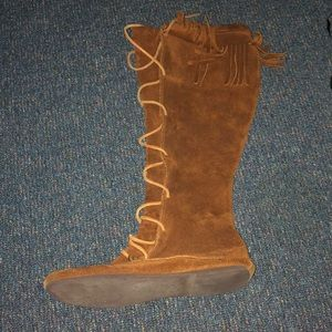 Minnetonka Knee high tan suede moccasin boots